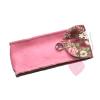 Schönes Etui aus rosafarbenem Wollfilz mit Blümchenfutter - für Brille, Stifte oder Stricknadeln - geschlossen, Vorderansicht