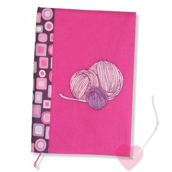 Handgenähte Notiz- und Tagebuchhülle mit aufgesticktem Wollknäul- Notizbuch in A5