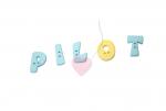 """Buchstabenhits für Kids 18mm - 2-Loch Knopf   """"P """" Beispielbild   """"Pilot  """""""